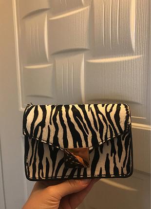 Mango küçük zebra desenli çanta