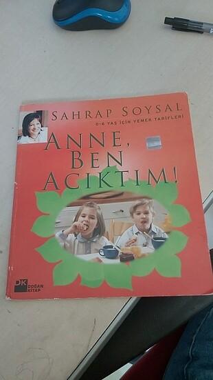 Anne ben acıktım kitabi