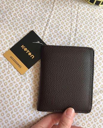 Koton etiketli cüzdan