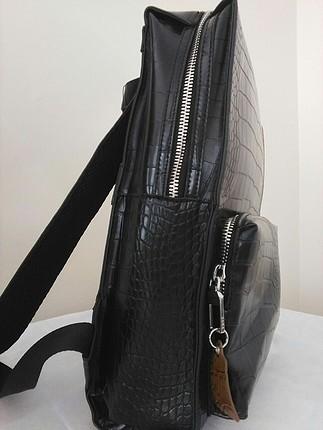 Zara Zara timsah derisi kabartmalı sırt çantası
