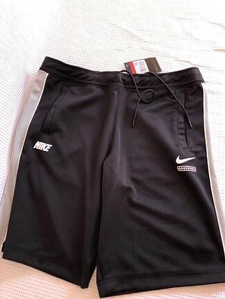 Nike erkek şort