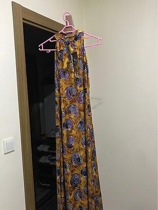 Detaylı uzun elbise