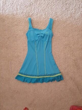Tenis kıyafeti