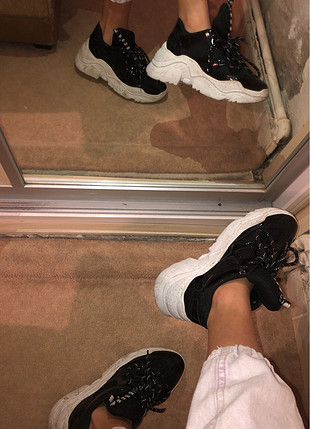 Efsane şık spor ayakkabı