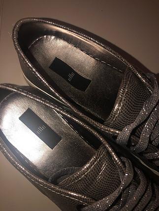 38 Beden Elle taşlı ayakkabı