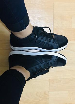 Kinetix siyah spor ayakkabı