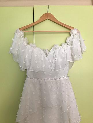 Raisa & Vanessa beyaz elbise