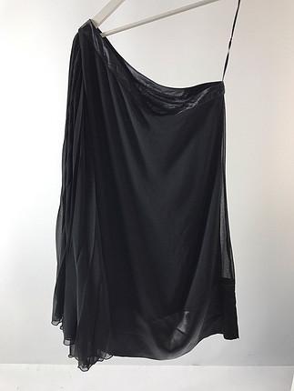 Tek kol elbise