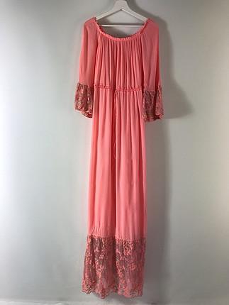 Küpürlü elbise