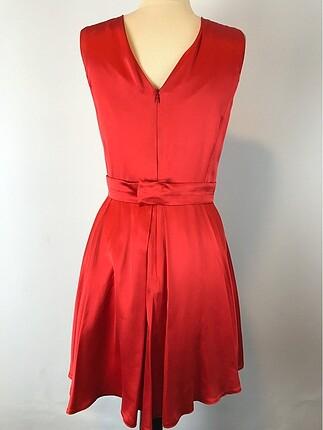 40 Beden Sıfır Kol Elbise