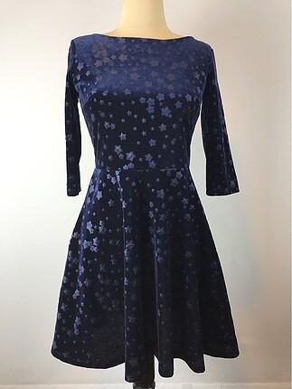 Yıldız Desenli Elbise