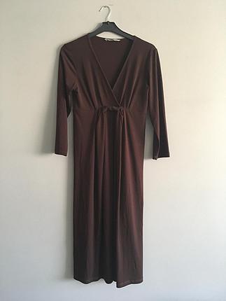 Butik ürünü diz altı elbise