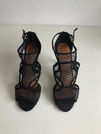 Texto Siyah Topuklu Ayakkabı