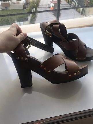 Mango Kalın topuklu sandalet