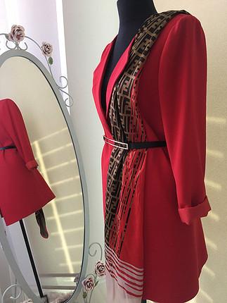 Kırmızı blazer ceket pantolon takım