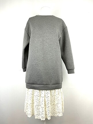 Güpür detaylı elbise