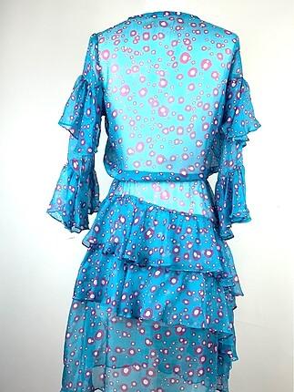 m Beden Fırfırlı elbise