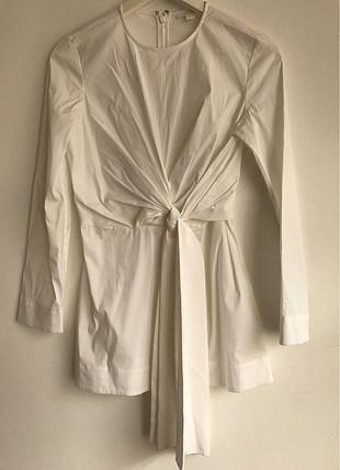 Kurdele Detaylı Mini Elbise
