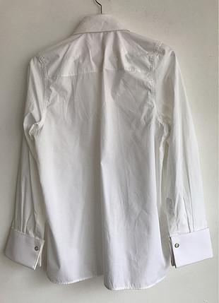 Manşetli Gömlek