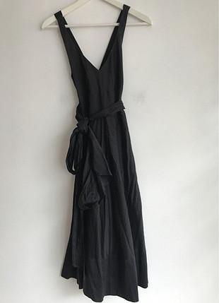Arkası Çapraz Elbise