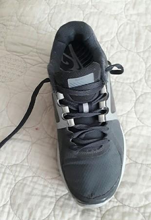35 Beden Nike spor ayakkabi 35.5