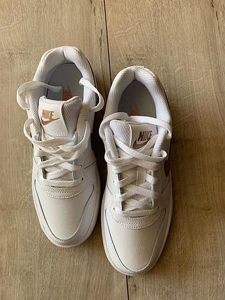 38 Beden beyaz Renk Nike EBERNON LOW Spor Ayakkabı
