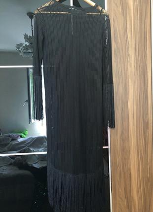 s Beden siyah Renk Zara midi boy püsküllü elbise