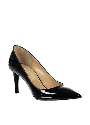 inci Siyah topuklu ayakkabı