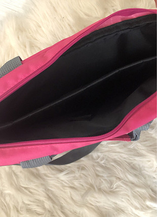 Gri pembe laptop çantası