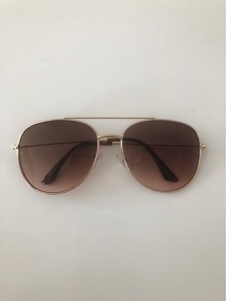 Hm güneş gözlüğü