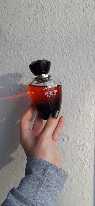 La Rive Fleur Parfüm Kadın