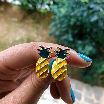 Ananas küpe