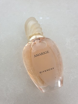 Givenchy amarige 30 ml Bayan parfüm