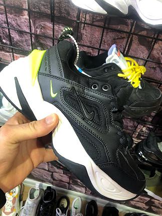 Nike M2Tekno