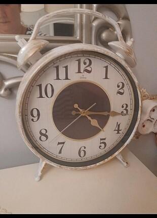 Duvar yada masa Saat