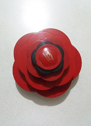 kırmızı makyaj seti