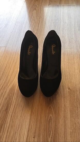 Platform topuklu siyah ayakkabı
