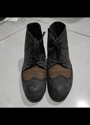 Erkek ayakkabı.