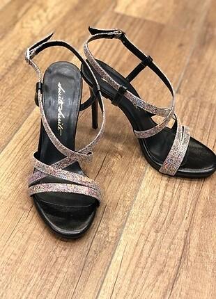 renkli klasik ayakabı