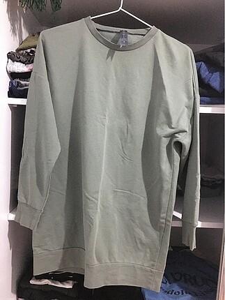 Zara Çoğu 2-3 kere giyilmiş ürünlerdir