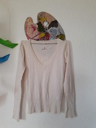 ince krem rengi dekolte triko