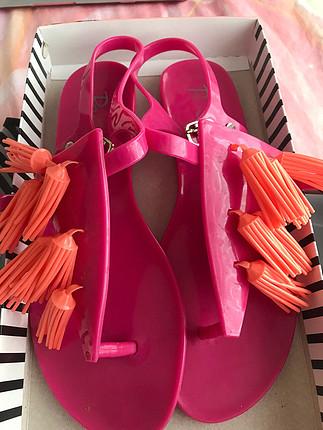 Penti süper sandalet
