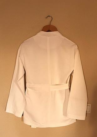 İpekyol beyaz taşlı ceket