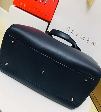 Beden Hotiç deri bavul model çanta