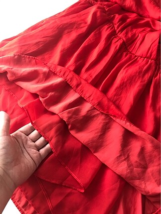 m Beden kırmızı Renk Zara elbise