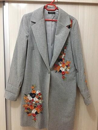 İşlemeli ceket