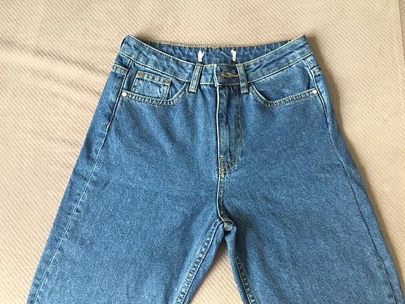 25/32 beden mom pantolon