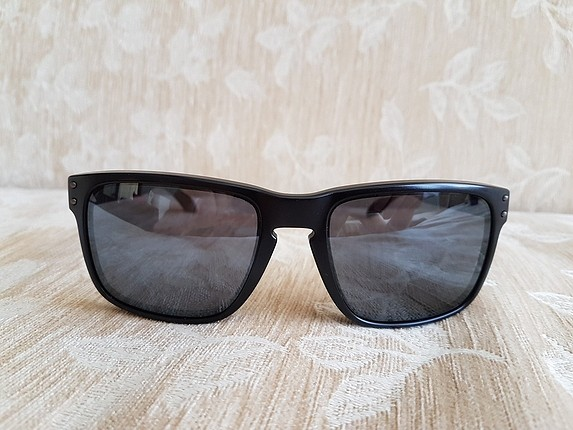 Oakley Holbrook Black Iridium Güneş Gözlüğü