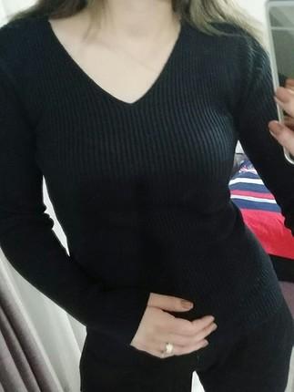 siyah v yaka