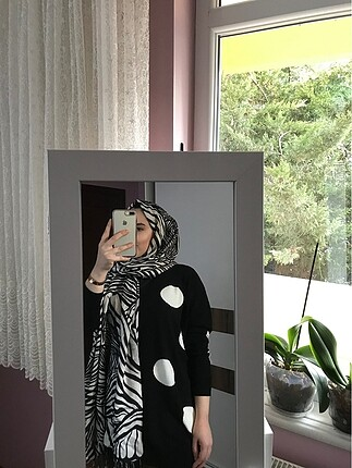Beden İpekevi şal zebra desen şal
